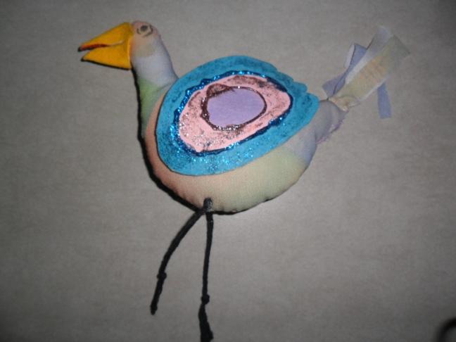O pássaro também pode ser feito com pano