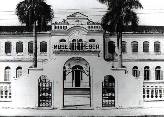 Fachada original do Museu de Pesca de Santos